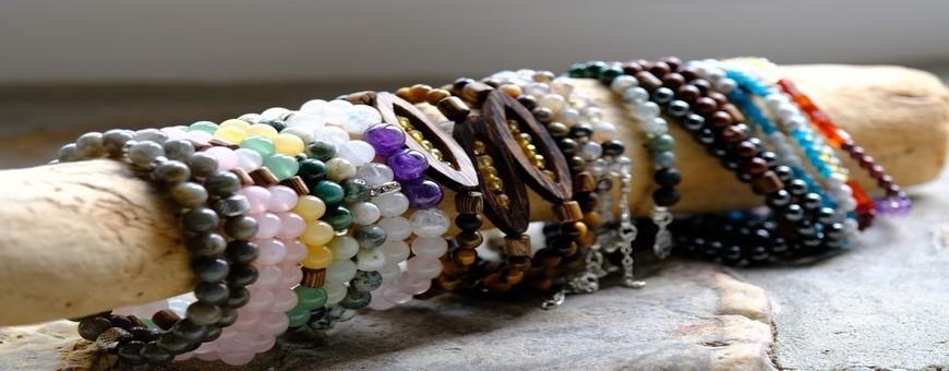 création artisanale et originale de bijoux fantaisies naturels